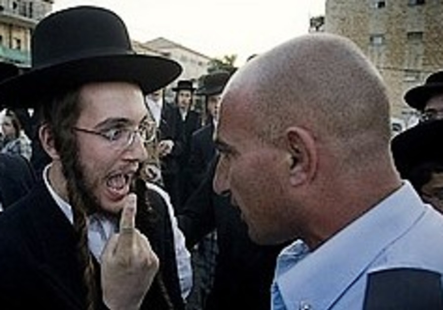 Haredim of all sects unite against perceived vilification