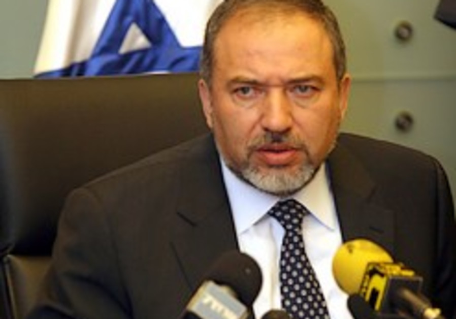 Lieberman: I'll resign if A-G indicts me