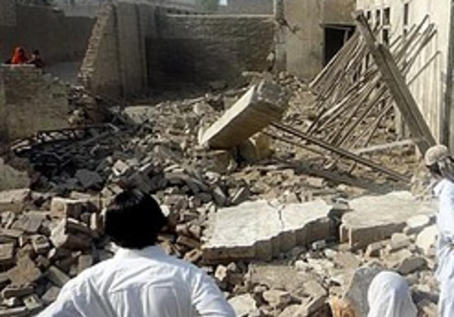 Officials: Wife of Pakistani Taliban leader killed