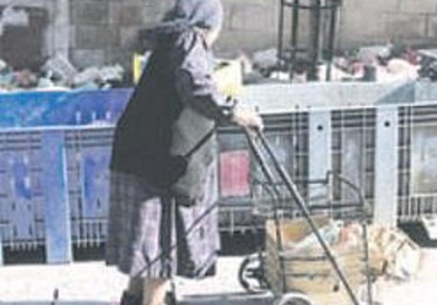 Homeless survivor wills $100,000 to Hebrew U.