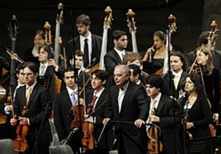 Barenboim holds concert for 'Arab capital' Jerusalem