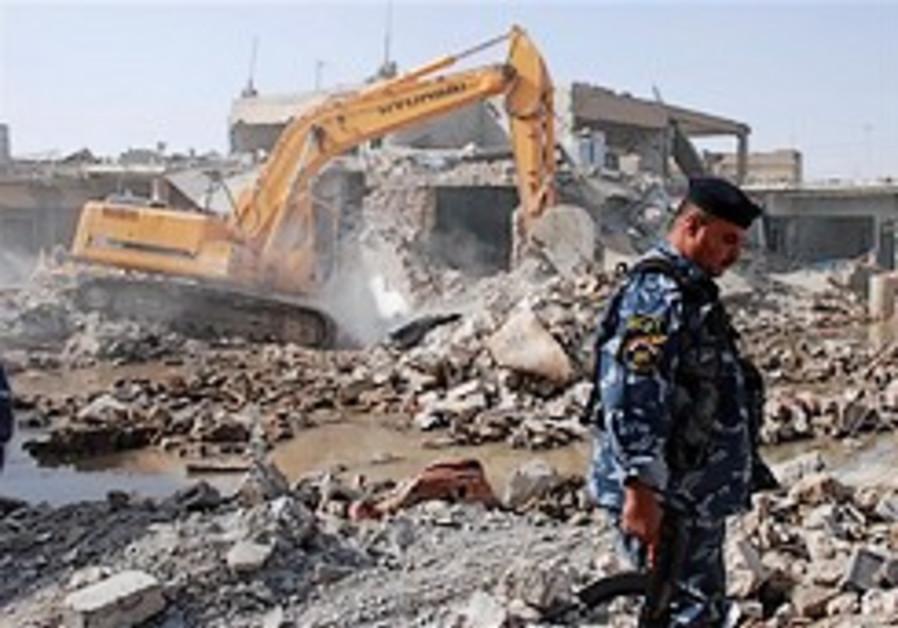 Bombs targeting Shi'ites in Iraq kill at least 45