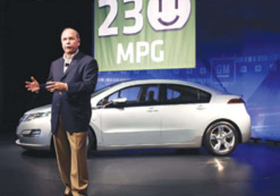 GM says new Volt to get 230 mpg in city driving