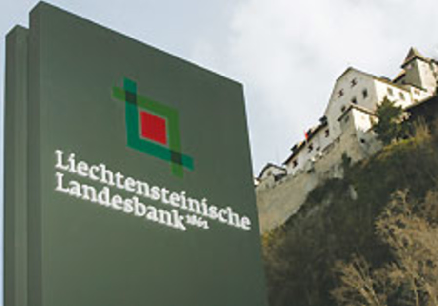 Liechtenstein prince: Bank secrecy saved WWII Jews