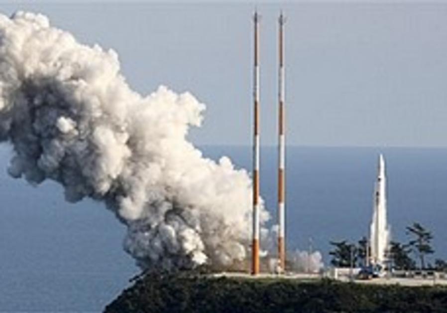 S.Korea launches 1st rocket, satellite misses orbit
