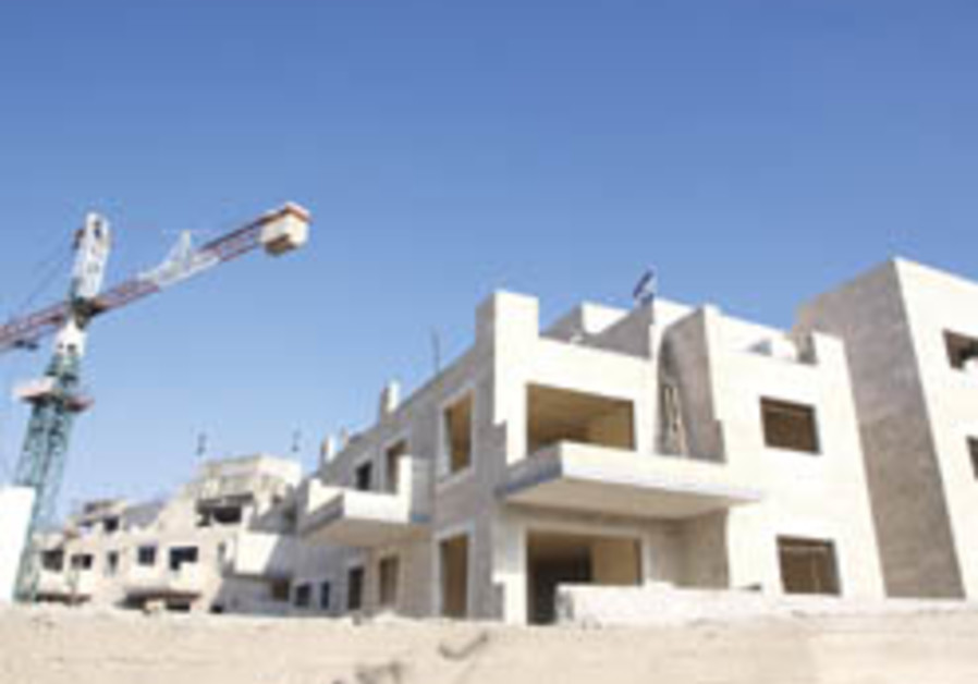 Ir Amim: Gov't helping with plan for another 750 Jewish residents in east Jerusalem