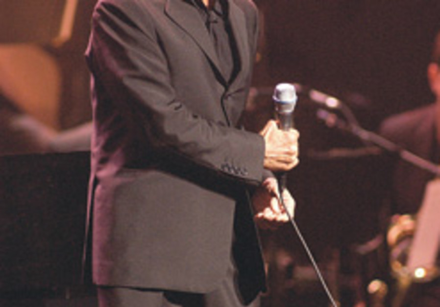 Paul Anka announces Israel show