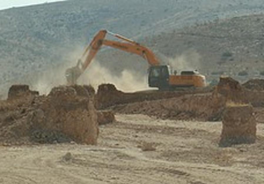 Ground broken for first 20 homes in new Jordan Valley settlement