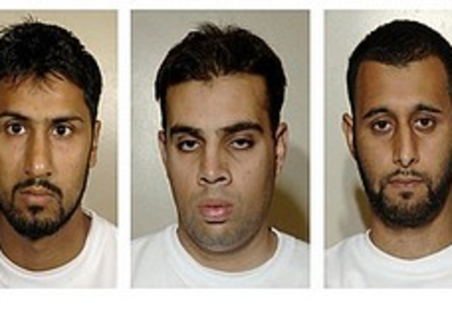 UK court convicts 3 Muslims of plot to blow up airliners