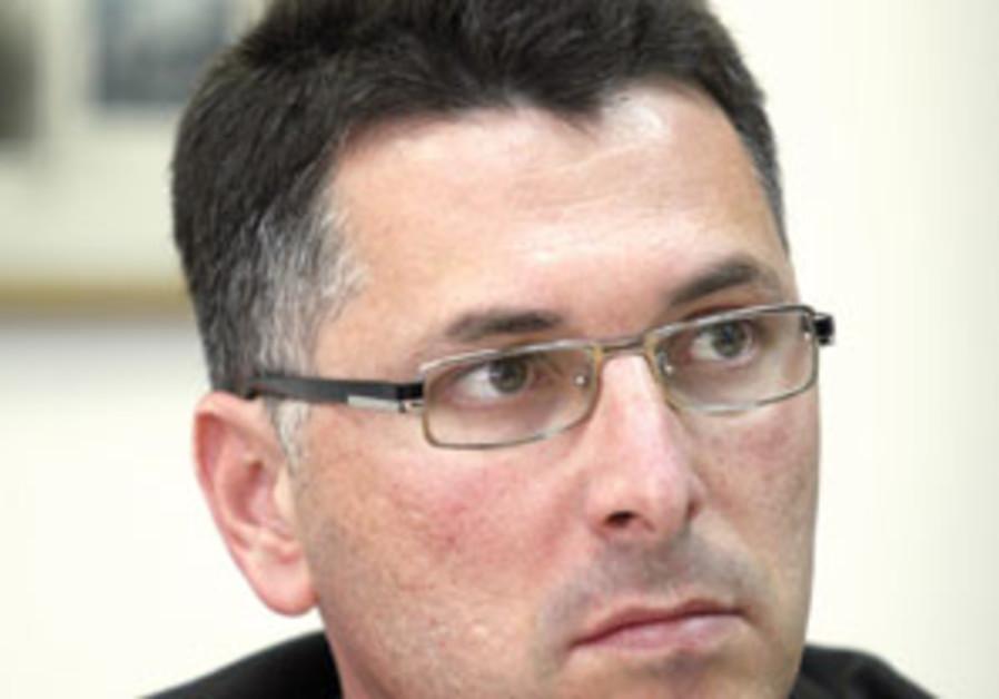 Sa'ar: No plans to teach secular kids to put on tefillin