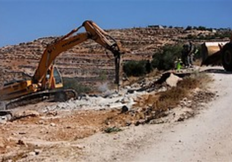 Settlers petition court against 257 Beduin structures