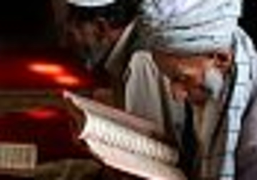 Afghan investigators probe US troops allegedly burning Taliban bodies