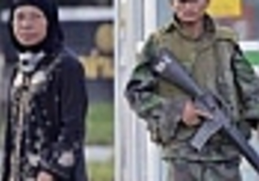 Six reported dead in Thailand after insurgent attacks