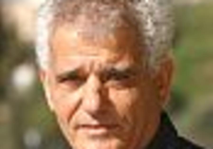 prof david dery face 88