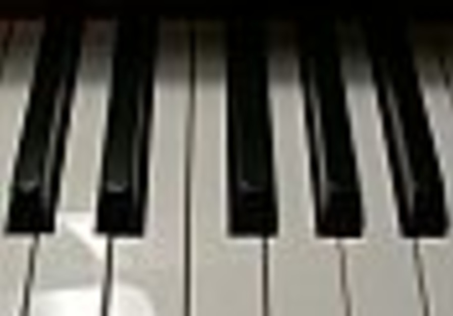 Pianists play on