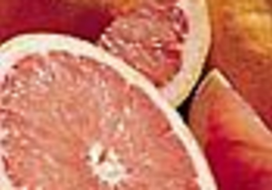 Study: A grapefruit a day may keep heart disease away