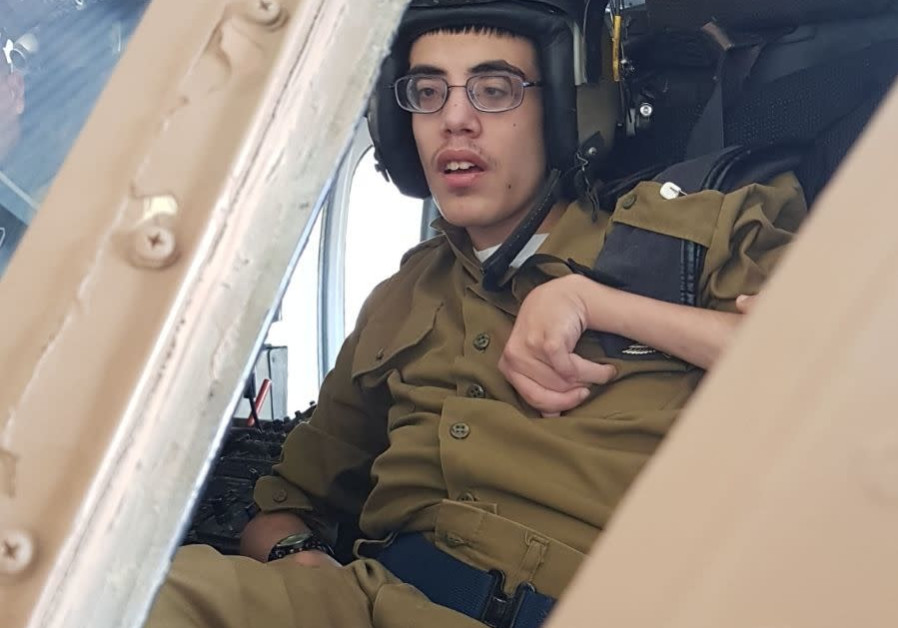 Roi Schiffman in the pilot's seat of an airplane (Courtesy)