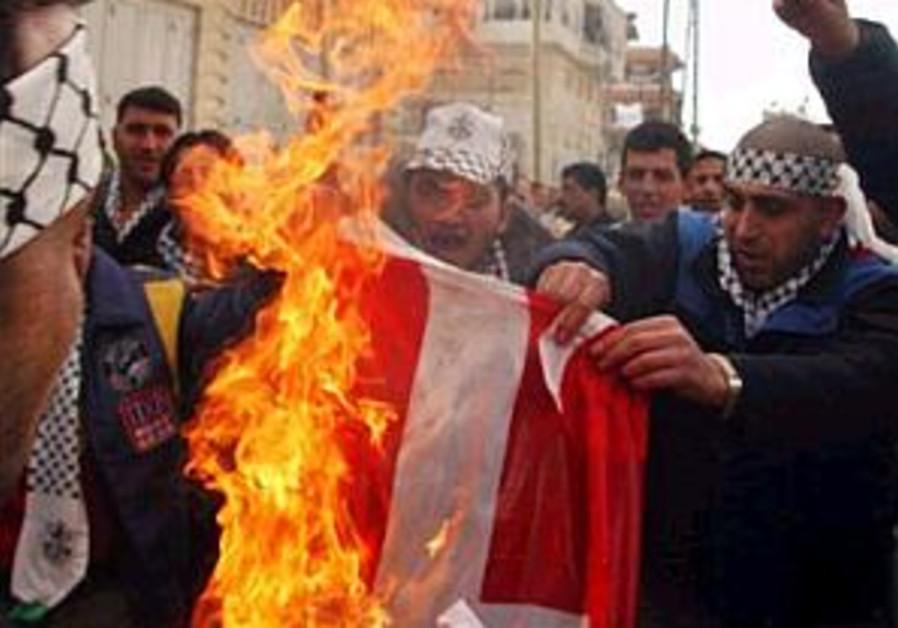 EU warns Saudi Arabia that it could take Danish boycott to WTO