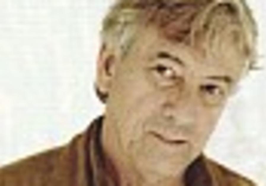 'Basic Instinct' director shooting WWII film in Israel