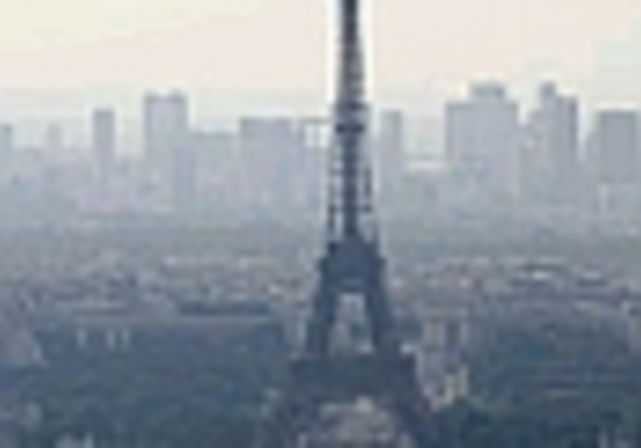 Senior Israeli official missing in Paris