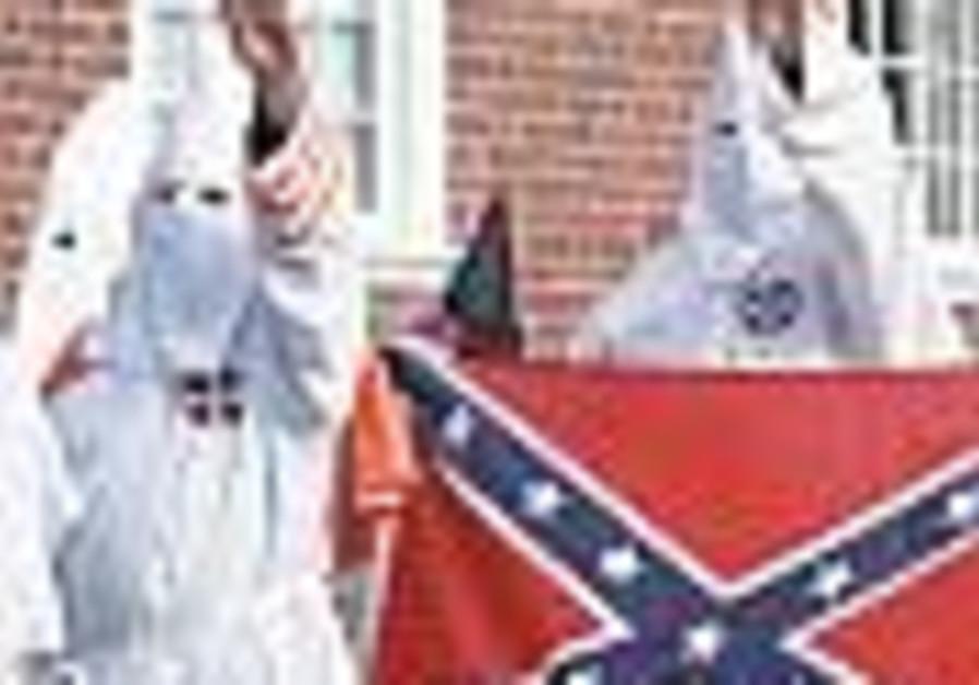 Ku Klux Klan wins approval to protest Iraq war