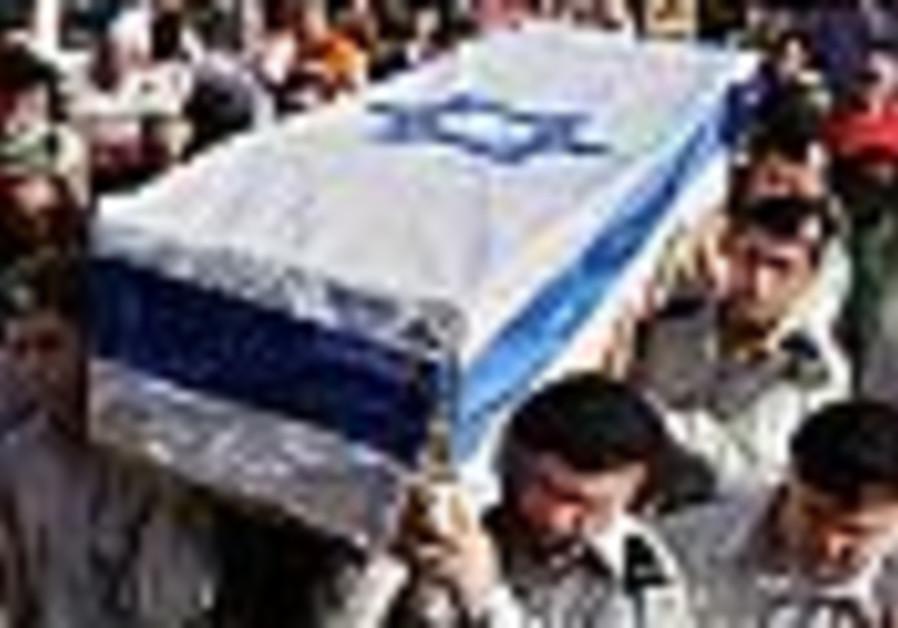 IDF chief rabbi laments his 'public embarrassment' at Greenfeld funeral