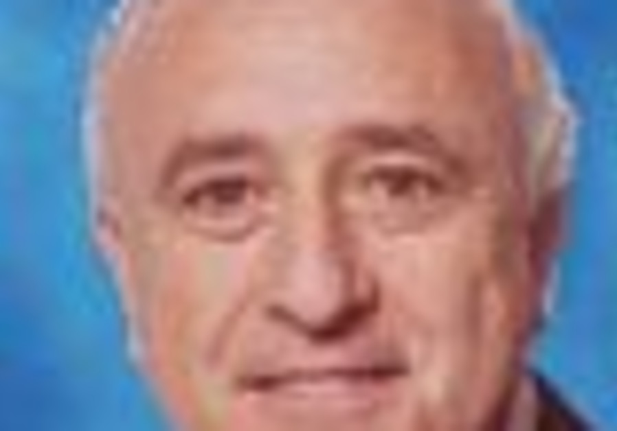 Lipkin-Shahak disbands his Lebanon war committee