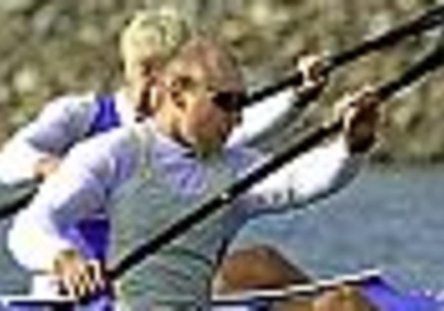 Kolganov and Lufan come up short at kayaking worlds