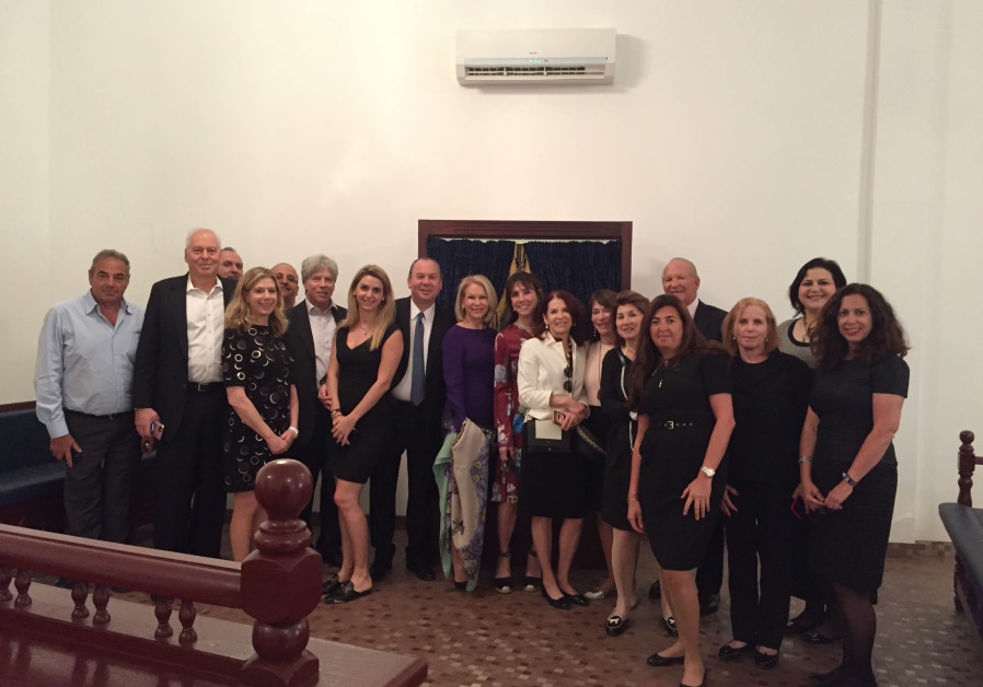 The Hampton Synagogue Congregational Mission met with leaders of the Bahrain Jewish Community including former ambassador of Bahrain to the United States Huda Nonoo and current member of Bahraini parliament Nancy Khedouri and community leader Michael Yadgar (photo credit: COURTESY OF THE FOUNDATION FOR ETHNIC UNDERSTANDING.)