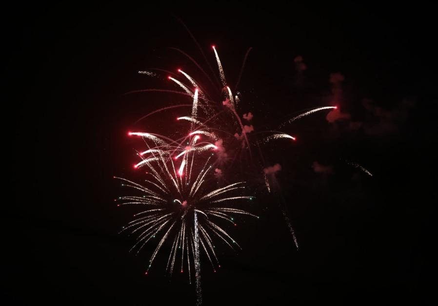 Fireworks in Jerusalem for Israel's independence day, credit: YITZHAK KELMAN/ TPS.