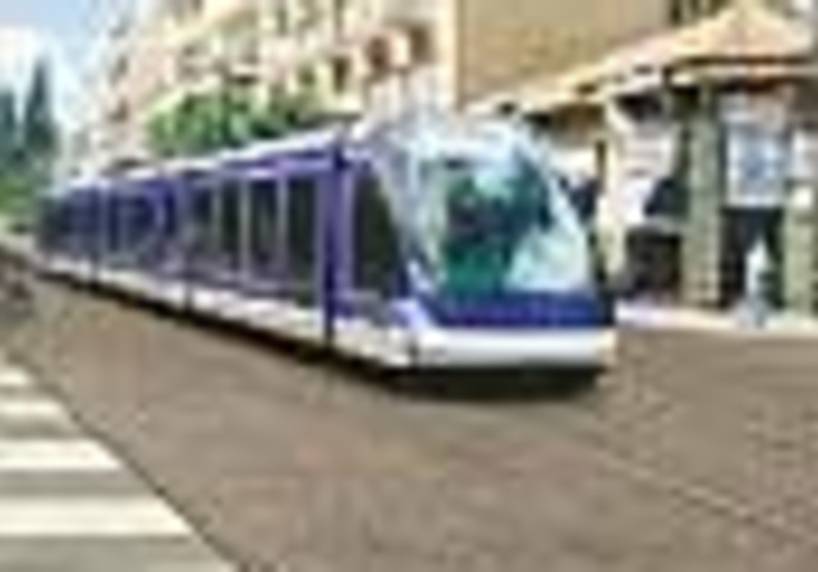 Petition aims to get light rail project on track again
