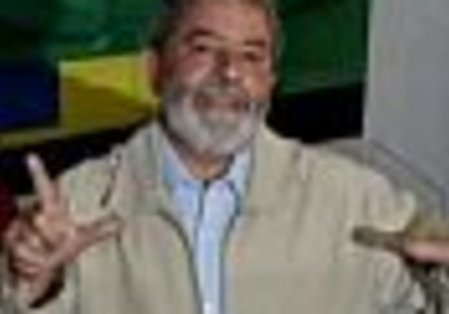Voting begins in Brazilian elections; Lula clear favourite