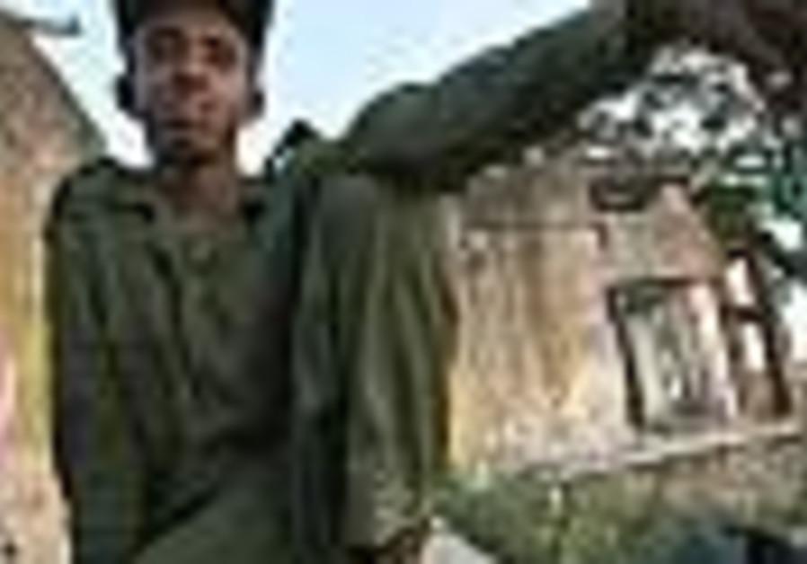 Somali government troops roll into Mogadishu
