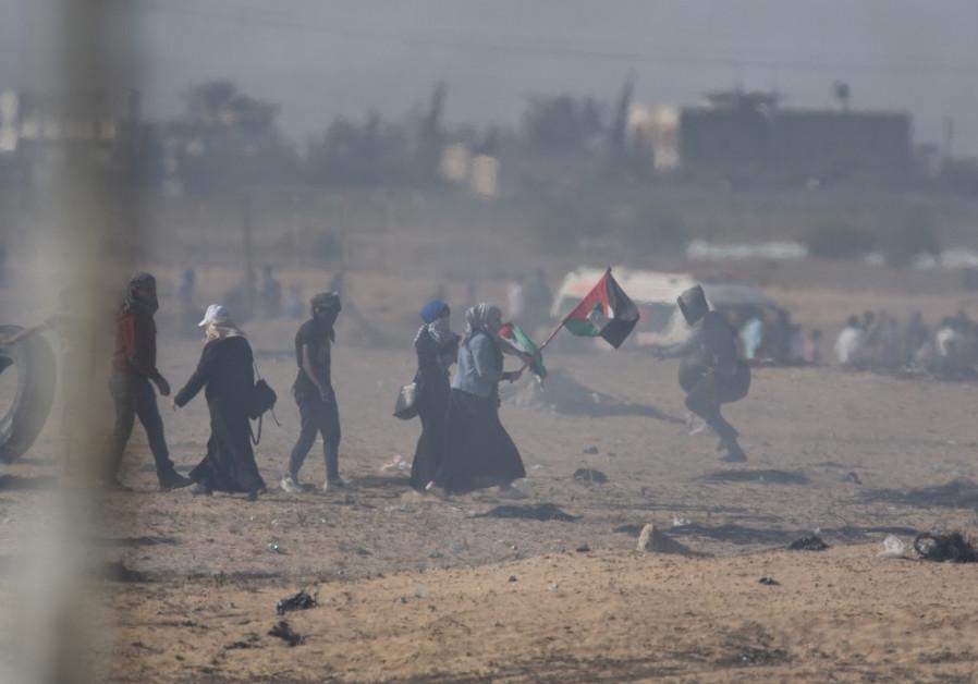 Violence at the Gaza border fence protests / IDF SPOKESMAN'S UNIT