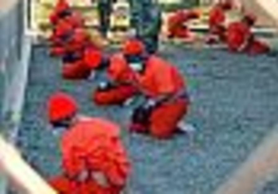 European countries consider taking Gitmo detainees