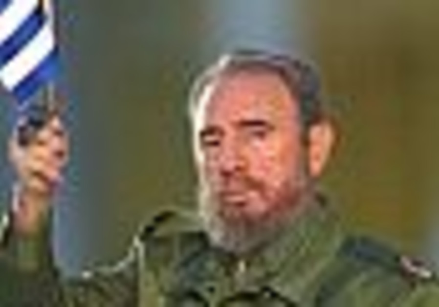 Castro salutes Cubans for '50 years of resistance'