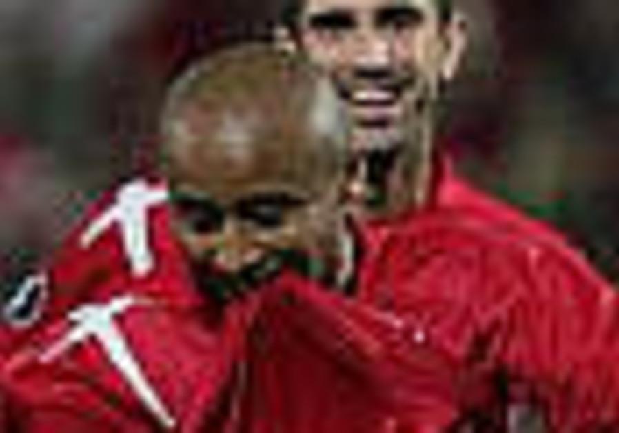UEFA Cup: Hapoel Tel Aviv takes lead over Rangers