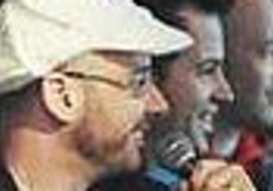 Tea Packs front man brings the Kassam threat to Tel Aviv