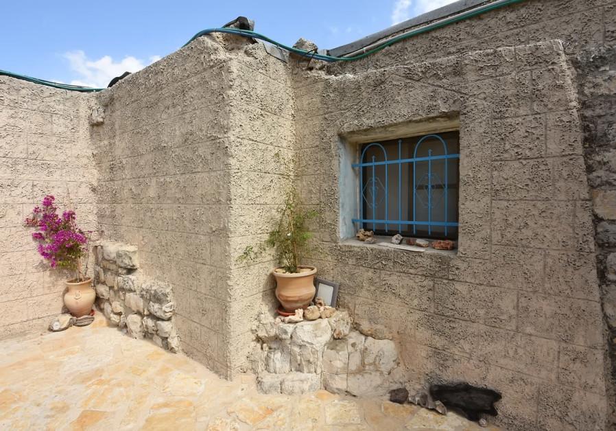 Bait Jan stone house / ITSIK MAROM
