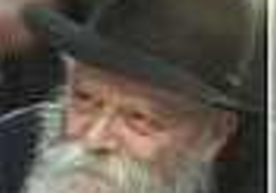 Chabad opposes calling Rebbe 'messianic king'