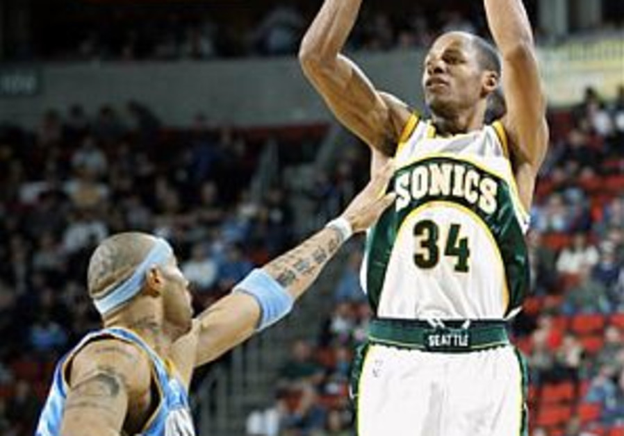 Ray Allen looks back at his college days with the Iceman