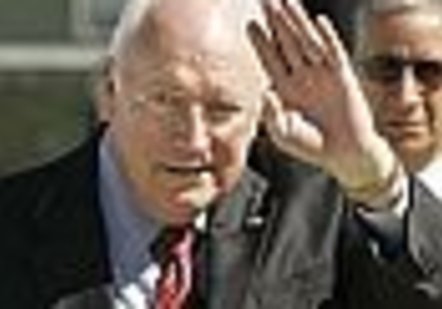 Cheney to Iran: US will keep sea open