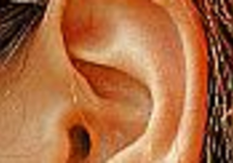 Health Scan: 'Hearing loss not inevitable in aged'