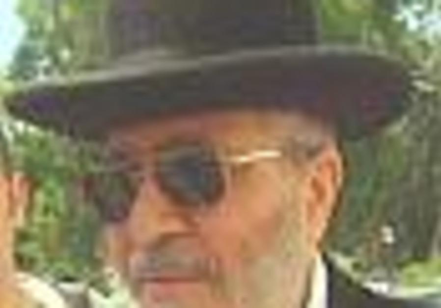 Haifa chief rabbi suspected in insurance fraud scandal