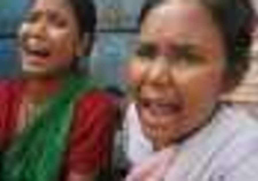 India: 31 people drown as two boats sink in northern