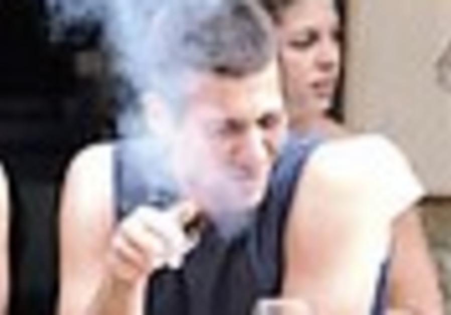 Stiff anti-smoking bill due to pass in Knesset next week