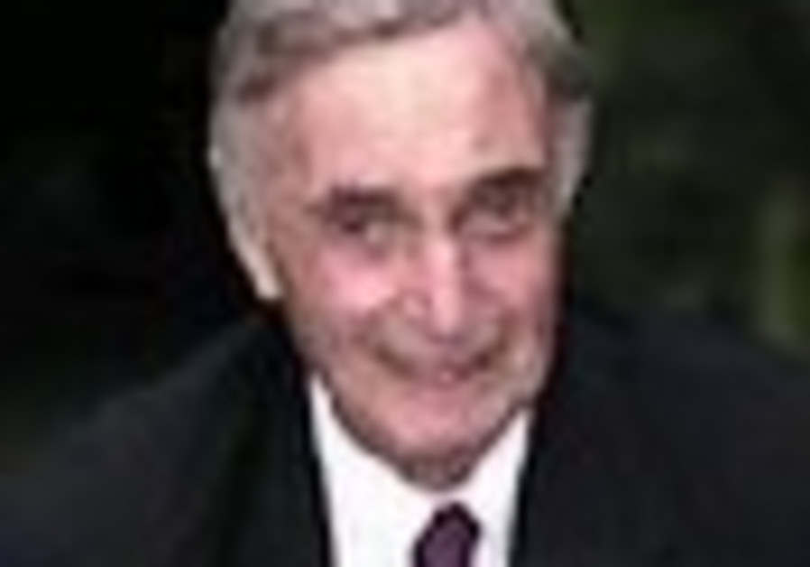 Jewish writer, director Melville Shavelson, dies at 90