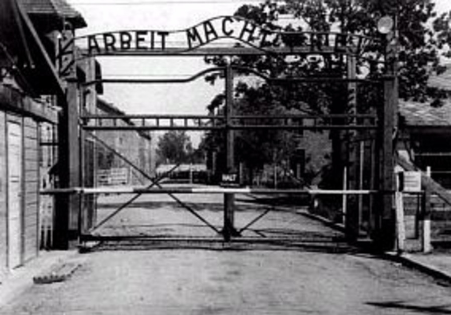 Auschwitz council: Stop the war