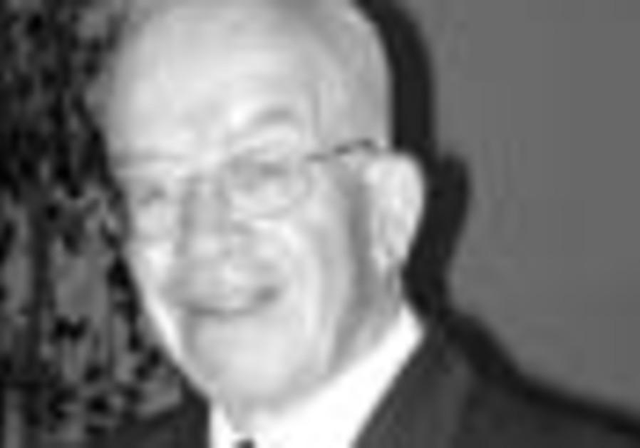 Appreciation: 'Old-time' journalist, Ben Shuman, 84