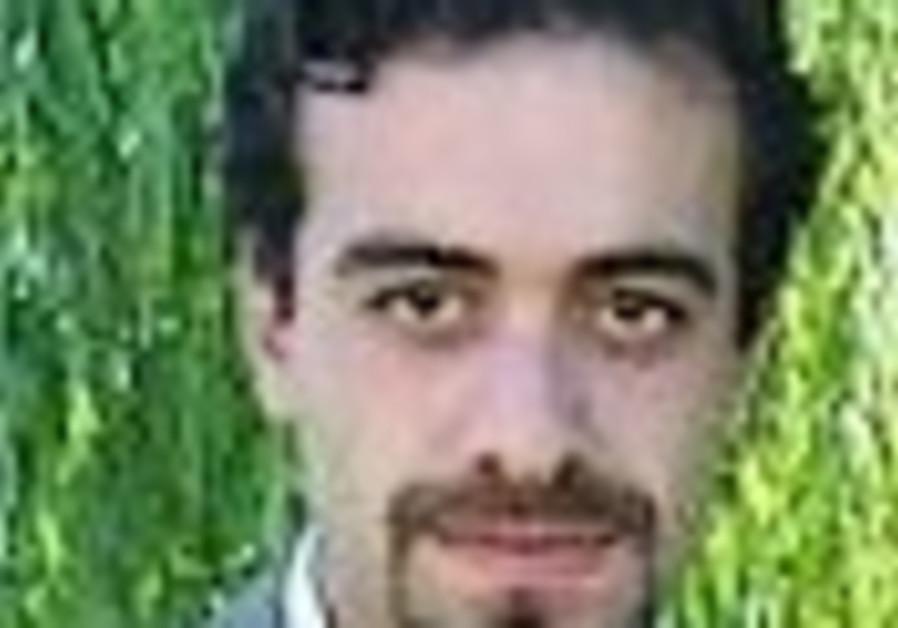 Iran upholds death sentence against Kurdish dissident